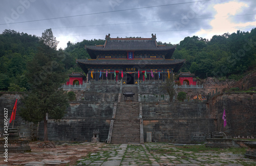 Photographie  Old taoist kungfu tmple on the montain