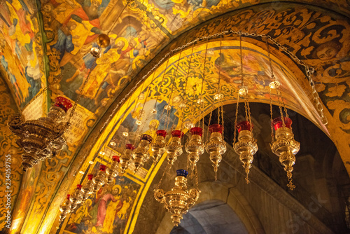 Photo Ceiling of the hall of Golgotha altar in the Church of the Holy Sepulchre in Jer