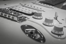 Black White Solo Electric Lead Guitar, Rock Music