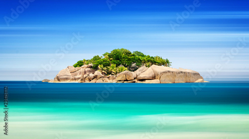 Photo sur Toile Océanie Tropical island in ocean - vacation background, Long exposure, blur motion, Seychelles