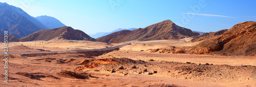 Foto auf Leinwand Pool Panorama of mountains in Sinai desert, Egypt