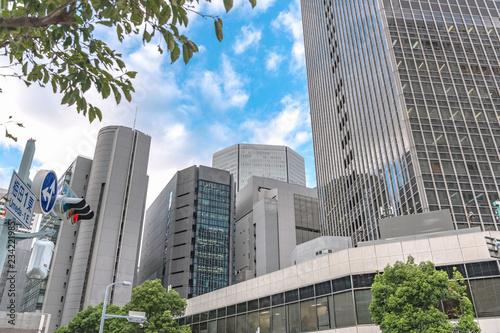 In de dag Stad gebouw 大阪梅田 ビジネス街の風景