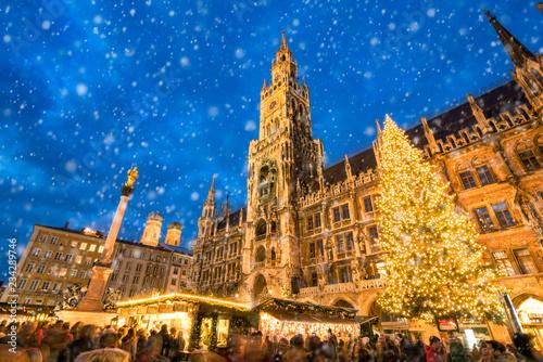 Canvas Print Münchner Christkindlmarkt auf dem Marienplatz, Bayern, Deutschland