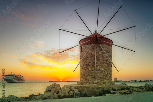 Fototapety, obrazy: Rhodes Windmill and Cruise Ship at Sunrise