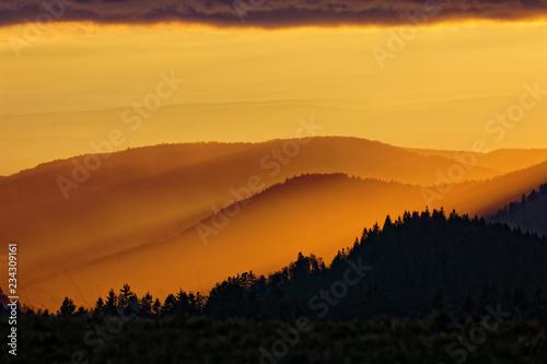 Fototapeta  Coucher de soleil sur les Vosges