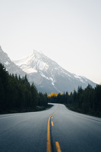 Canadian Rockies Road Leading ...