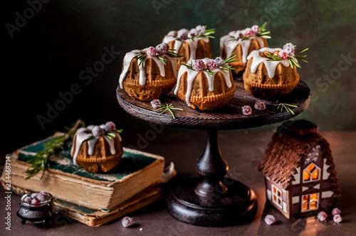 Poster de jardin Dessert Mini Christmas Bundt Cakes