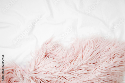 Fotomural Bedding with a pink fluffy fur plaid
