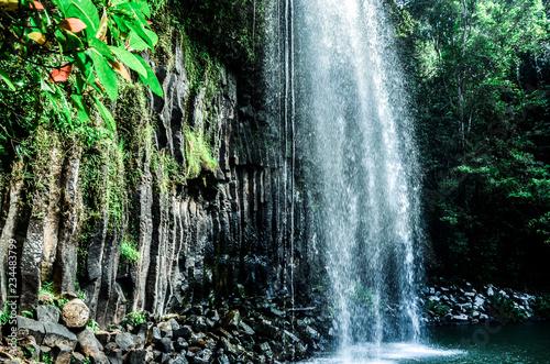 Fotografie, Obraz  Wasserfall im Regenwald