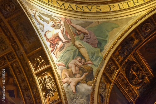 Golden detail of the interior of the Basilica of Sant'Andrea della Valle, a place of Catholic-Roman worship Canvas Print