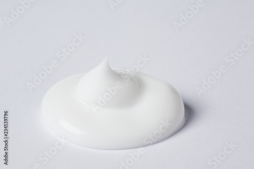 Obraz na plátně  beauty cream drop