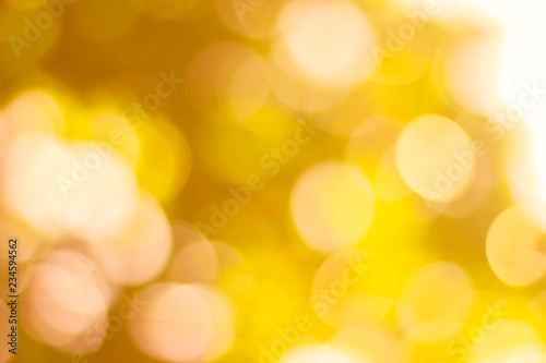 Fototapeta Abstract glamorous white silver and gold bokeh lights glitter sparkle. Defocused background have luxury golden color party invite for birthday, anniversary, holliday, new year's eve or Christmas. obraz na płótnie