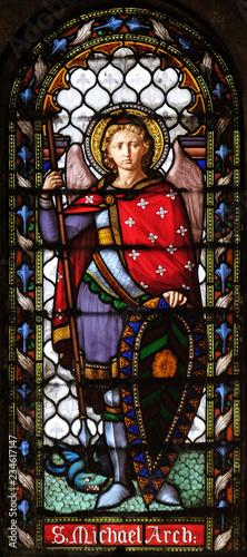 Fotografía Saint Michael the Archangel, stained glass window in the San Michele in Foro chu