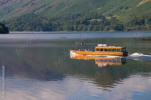 Tableau sur Toile Keswick Launch Boat, Derwent Water, Lake District, Cumbria, England