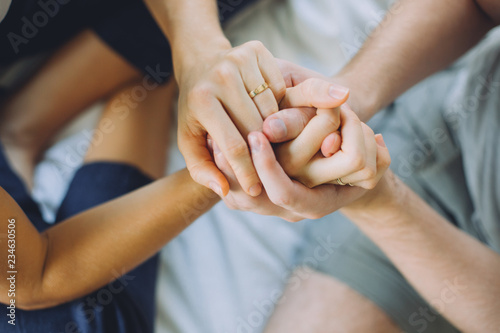 Fototapety, obrazy: Close up shot of hand holding each other