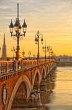 Bordeaux o zachodzie słońca, Francja - 234672398