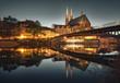 Görlitz / Zgorzelec - Altstadt mit Kirche (PETERSKIRCHE) und Brücke (Fluss Neisse mit Lichter und Reflektion)