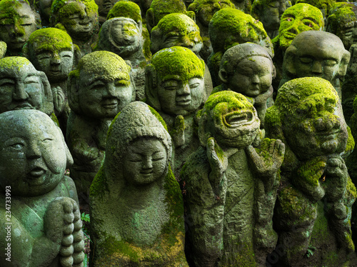 Photo Stands Japan Buddhistische Statuen in Arashiyama, Kyoto, Japan