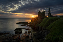 Sinclair Girnigoe Cliffs