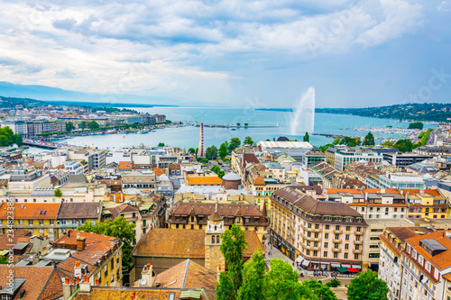 Photo Aerial view of Geneva from Cathedral Saint Pierre, Switzerland