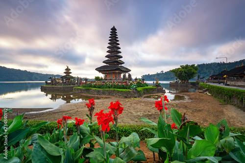 Temple Pura Ulun Danu Bratan in Bedugul Bali, Indonesia.