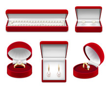 Jewelry In Boxes Realistic Set