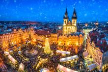Weihnachtsmarkt Auf Dem Marktp...