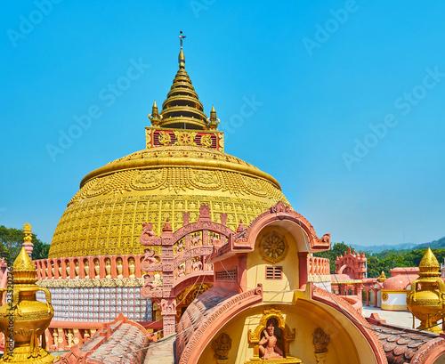 Deurstickers Asia land Watch the picturesque pagoda of Sitagu International Buddhist Academy, Sagaing, Myanmar.
