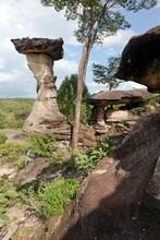 Thailand, Ubon Ratchathani, Pha Taem National Park, Rock Formation Sao Chaliang