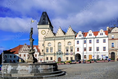 Fényképezés Square of Jan Zizka, Town hall and fountain, Tabor, Czech Republic