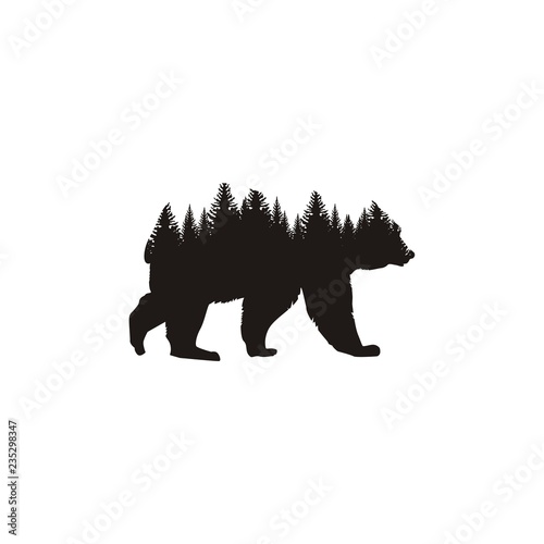 Naklejka premium Niedźwiedź