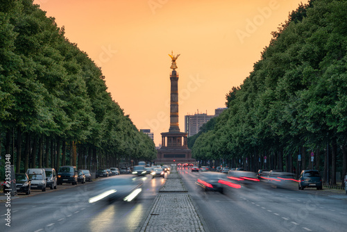 Siegessäule und Straße des 17. Juni, Berlin, Deutschland