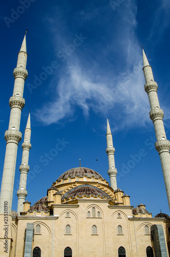Fotografía Mosque with four minarets in Manavgat city, Turkey