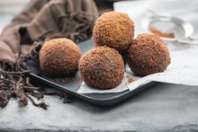 Rum Chocolate Balls, Truffle.