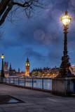 Fototapeta Big Ben - Der Big Ben an der Themse in London an einem Abend im Winter