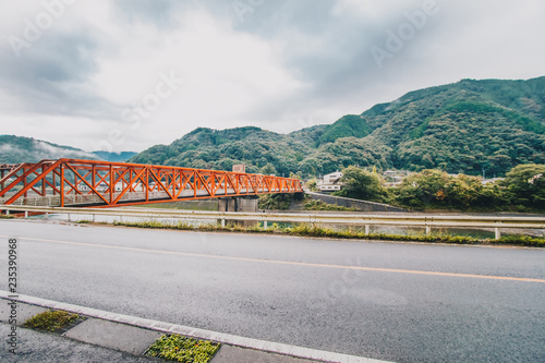Red iron bridge at Sakamotomachi Tableau sur Toile