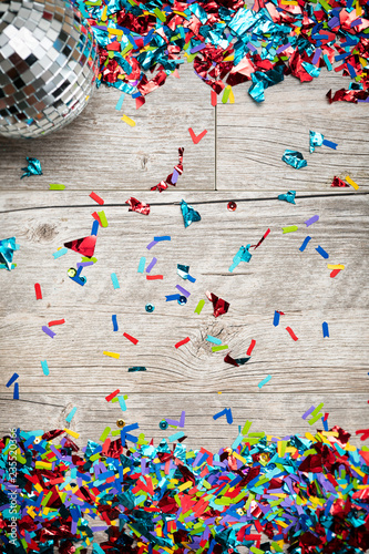 Fotografie, Obraz  NYE2019: Confetti Background With Mirrored Disco Ball