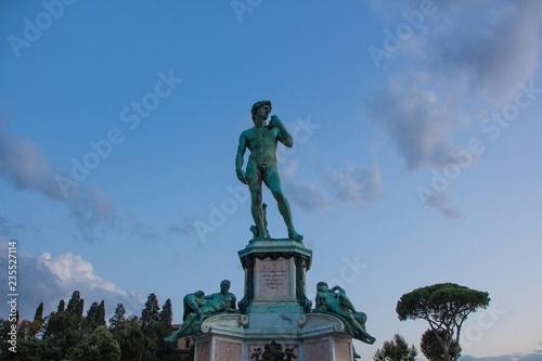 Fotografía  David statue on Piazzale Michelangelo. Evening. Florence, Italy.