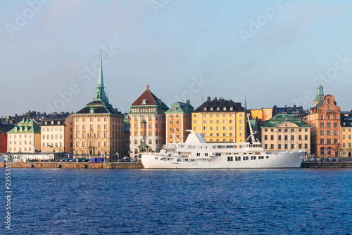 Photo  Scenic waterfront panorama of the Old Town Gamls Stan in Stockholm, Sweden
