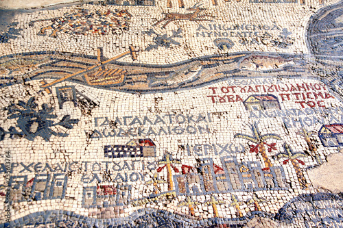 Poster Midden Oosten Byzantine mosaic with map of Holy Land, Madaba, Jordan