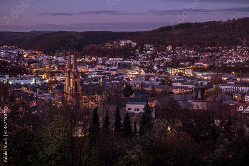Marburg (Niemcy) panorama miasta nocą