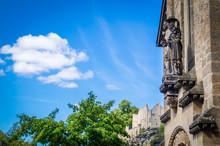 Skulptur Auf Hauswand Mit Ruine