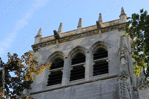 Fotografie, Obraz  Zoom sur le sommet de la tour saint-Nicolas au Bec-Hellouin
