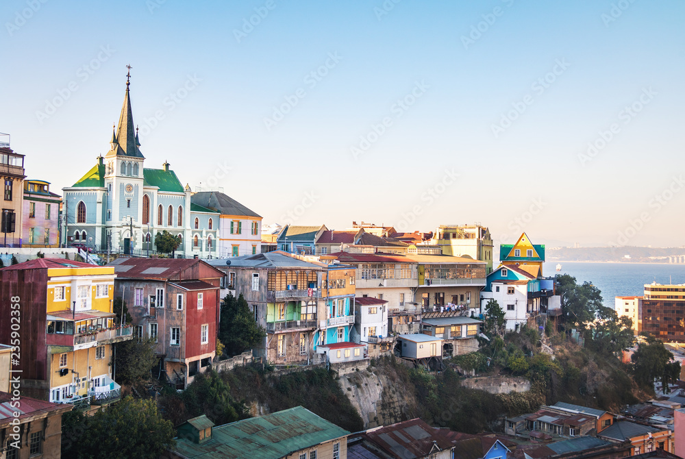 Fototapety, obrazy: Valparaiso Skyline with Lutheran Church - Valparaiso, Chile
