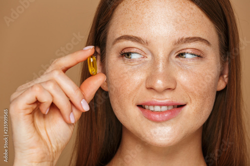 Fotografia  Beauty portrait of a beautiful healthy young topless woman