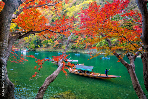 Foto op Canvas Asia land Colorful Arashiyama in autumn season along the river in Kyoto