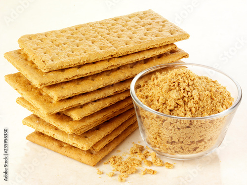 Fotografie, Obraz  GRAHAM CRACKERS WITH CRUMBS