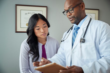 Doctor And Patient Review Medi...