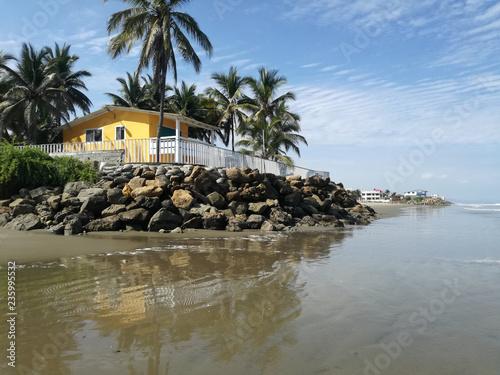 Spoed Foto op Canvas Zuid-Amerika land Villa sull'oceano a San Clemente, Ecuador