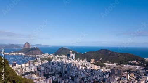 Photo  Aerial view of the drone of Rio de Janeiro, with Pão de Açúcar in the background